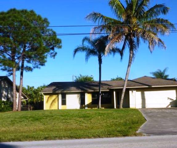 1317 Se Floresta Dr, Port Saint Lucie, FL 34983