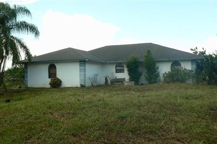 One of Loxahatchee 3 Bedroom Homes for Sale