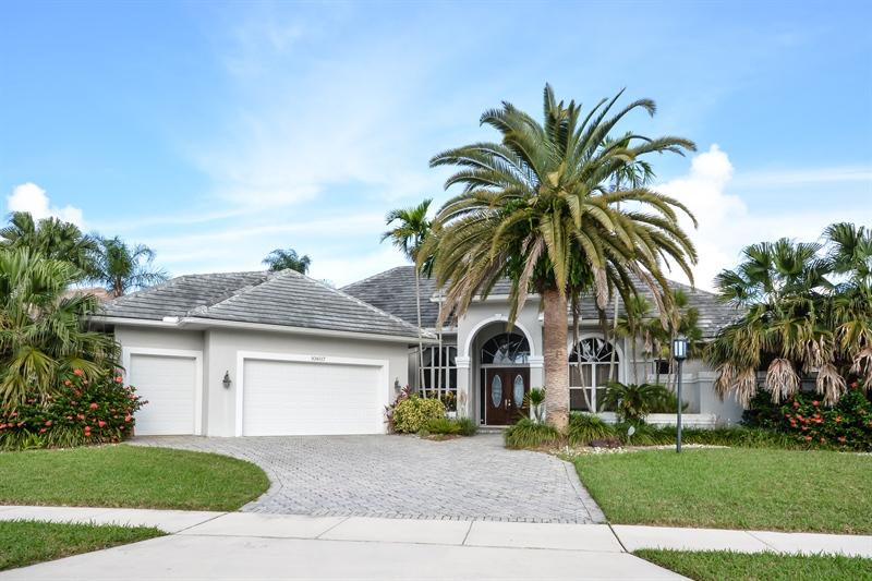 10607 Stonebridge Blvd, Boca Raton, FL 33498