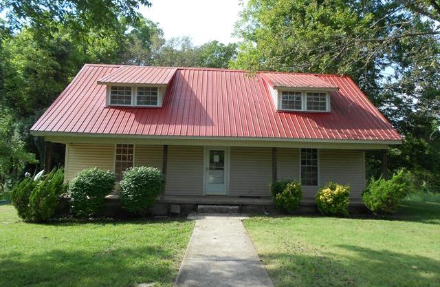 1500 Old Clarksville Pike, Pleasant View, TN 37146
