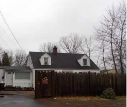 Photo of 585 Foxon Rd  North Branford  CT