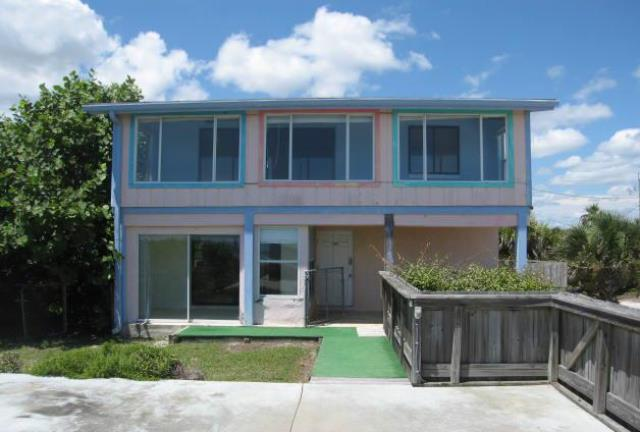 One of New Smyrna Beach 5 Bedroom Homes for Sale