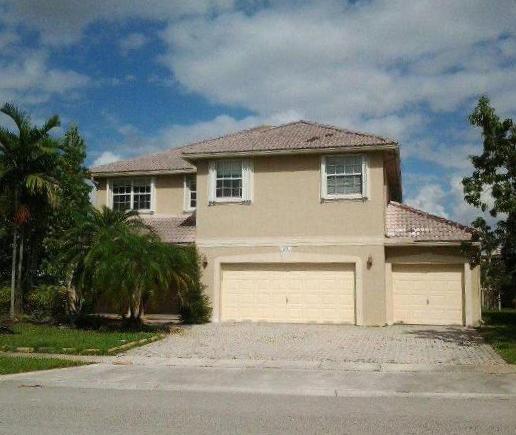 657 Sw 168 Ter, Pembroke Pines, FL 33027