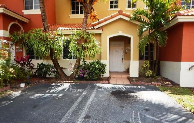 13404 SW 153rd Ter, Miami, FL 33177