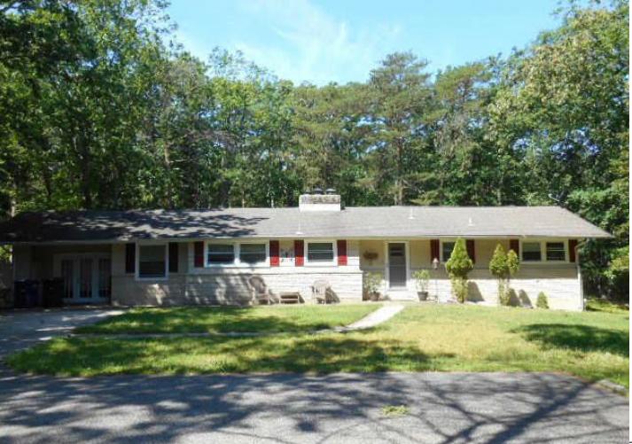 1364 Stokes Rd, Medford, NJ 08055