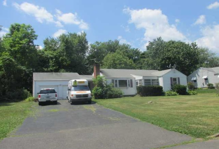 Photo of 27 Lepage Rd  Windsor  CT