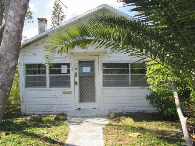 509 S B St, Lake Worth, FL 33460