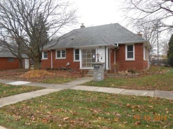 125 W Naperville Rd, Westmont, IL 60559