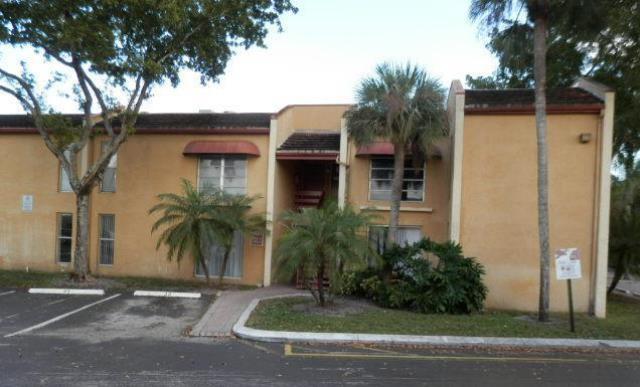 4521 Treehouse Ln # 6E, Tamarac, FL 33319