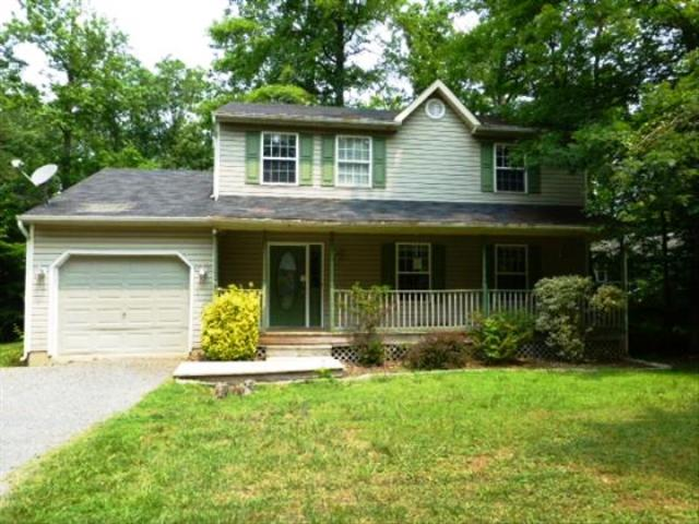 12479 Catalina Dr, Lusby, MD 20657