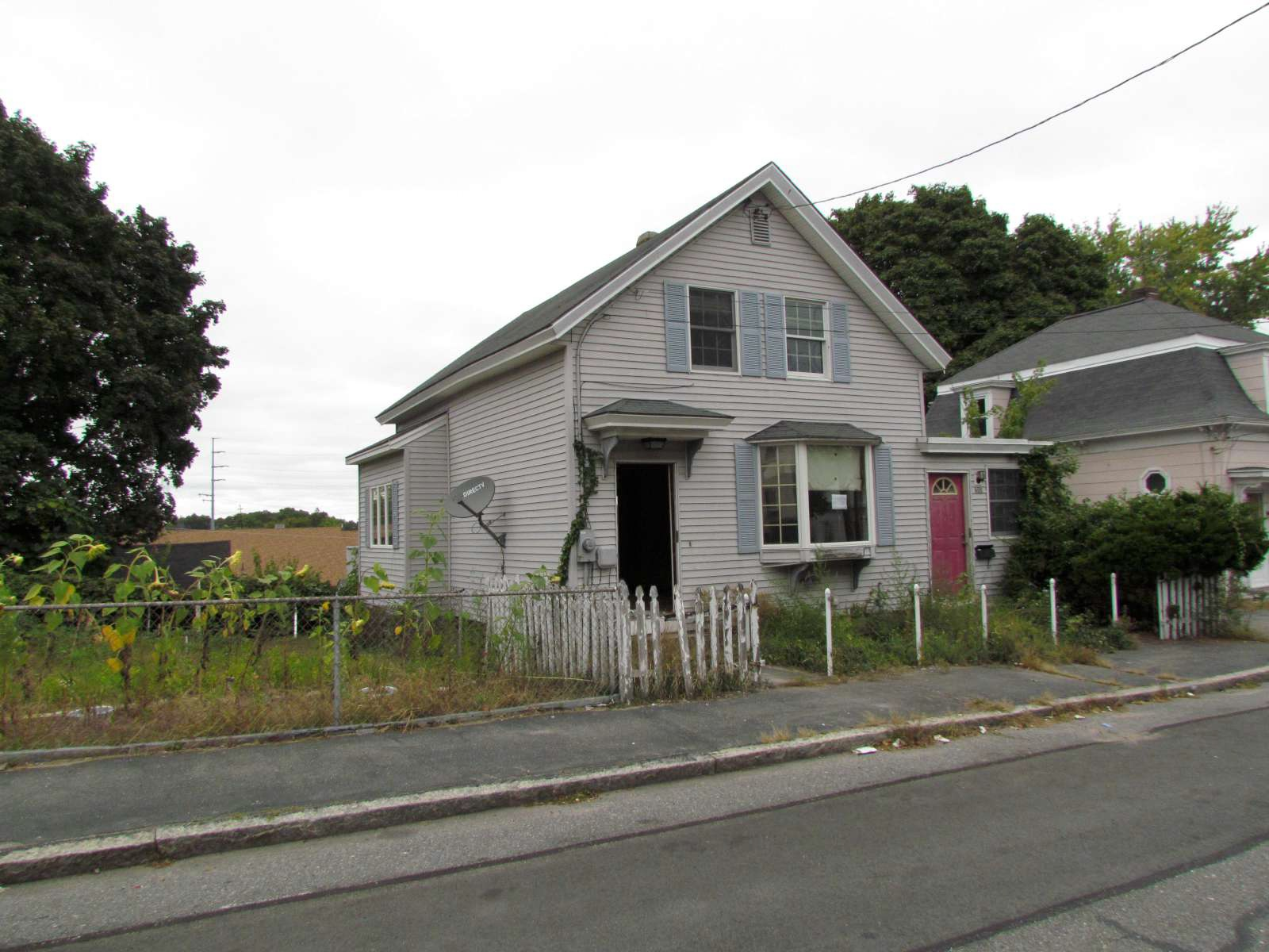 Photo of 408 Lincoln St  Lowell  MA