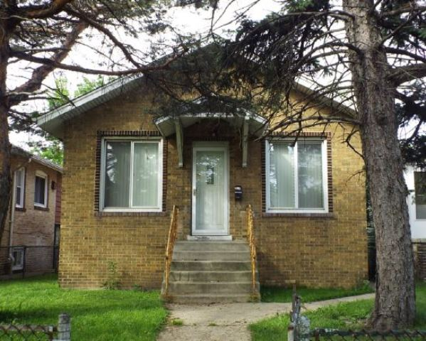8342 S Anthony Ave, Chicago, IL 60617