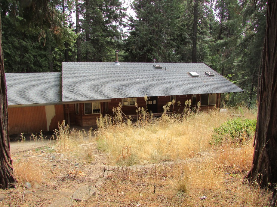 Photo of 6984 Lakewood Dr  Pollock Pines  CA