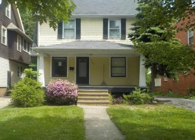Photo of 3789 Montevista Rd  Cleveland Heights  OH