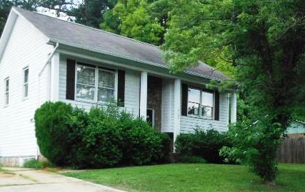 5137 Poplar Springs Dr, one of homes for sale in Charlotte Northeast