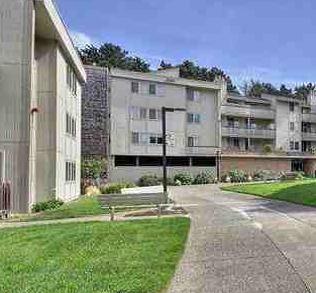 353 Philip Dr, Daly City, CA 94015