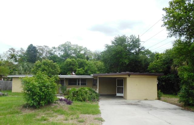 2507 Palm Ave, one of homes for sale in Mims