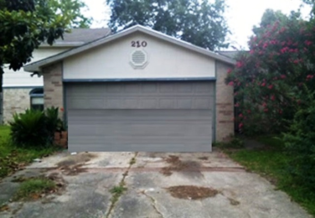 220 Redbud Cir, one of homes for sale in League City