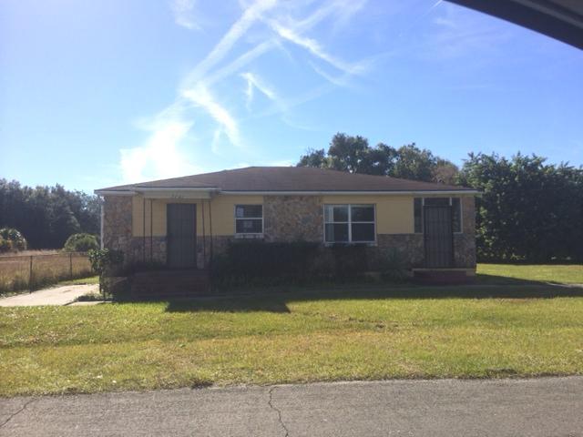 2741 E 20th St, Sanford, FL 32771