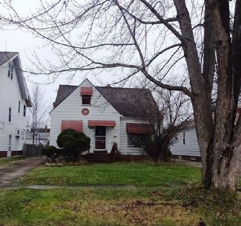 Photo of 8326 Pinegrove Ave  Parma  OH