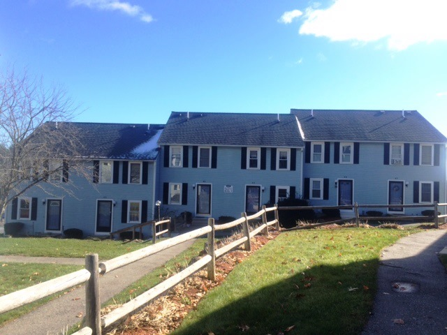 Photo of 42 Olde Colonial Dr Unit 4  Gardner  MA