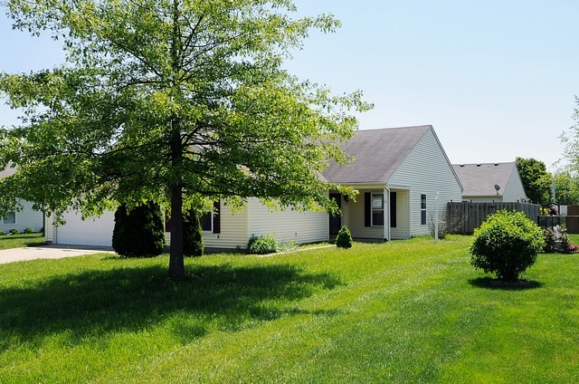 1329 Redwood Dr, Greenfield in  County, IN 46140 Home for Sale