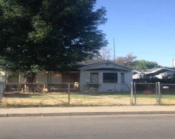 207 Douglas St, Bakersfield, CA 93308