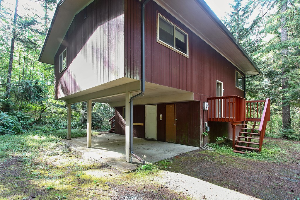 Photo of 510 E Beach Dr  Union  WA