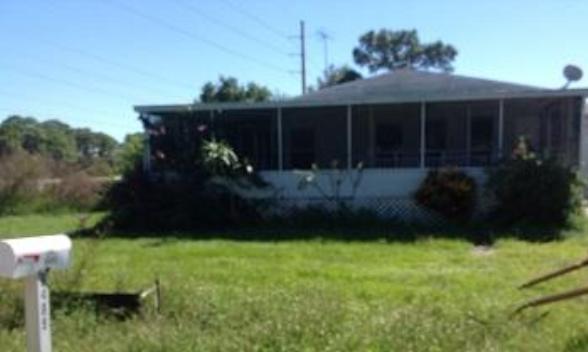 8489 Roosevelt St, Englewood, FL 34224