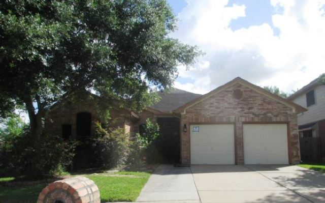 3554 Beacons Vw, one of homes for sale in Friendswood