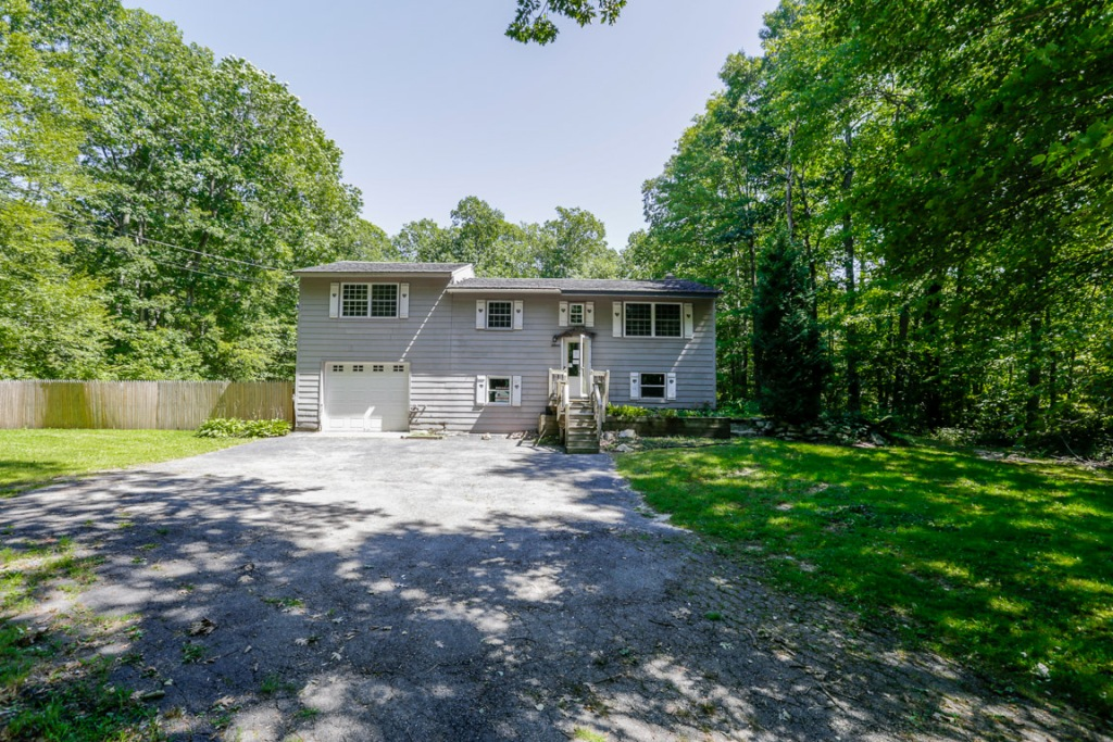 Photo of 25 Conlin Rd  Oxford  MA