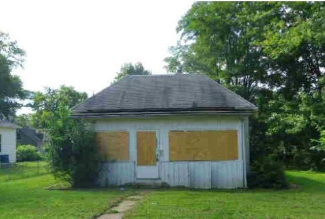 Photo of 2907 Fernwood Ave  Alton  IL
