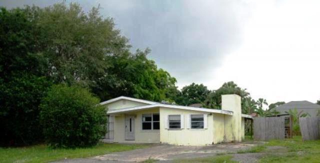 735 18th Ave, Vero Beach, FL 32962