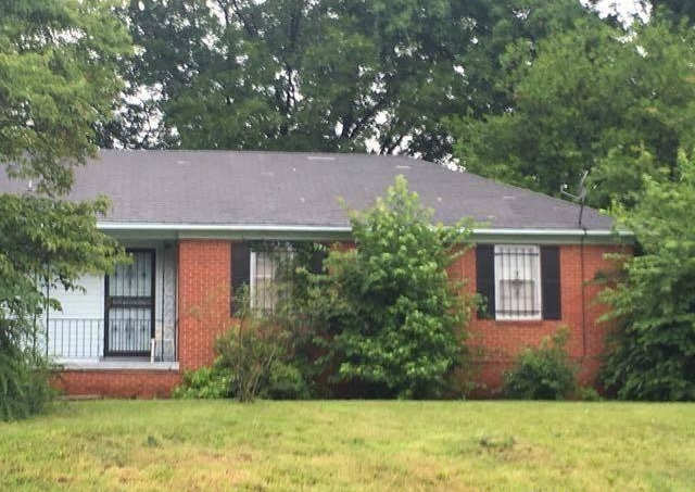 Photo of 3999 Charles Dr  Memphis  TN
