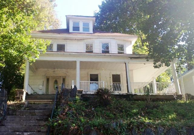 2209 Elsinore Ave, Baltimore, MD 21216