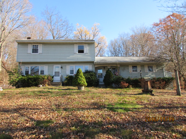 Photo of 9 Stony Brook Rd  Brookfield  CT