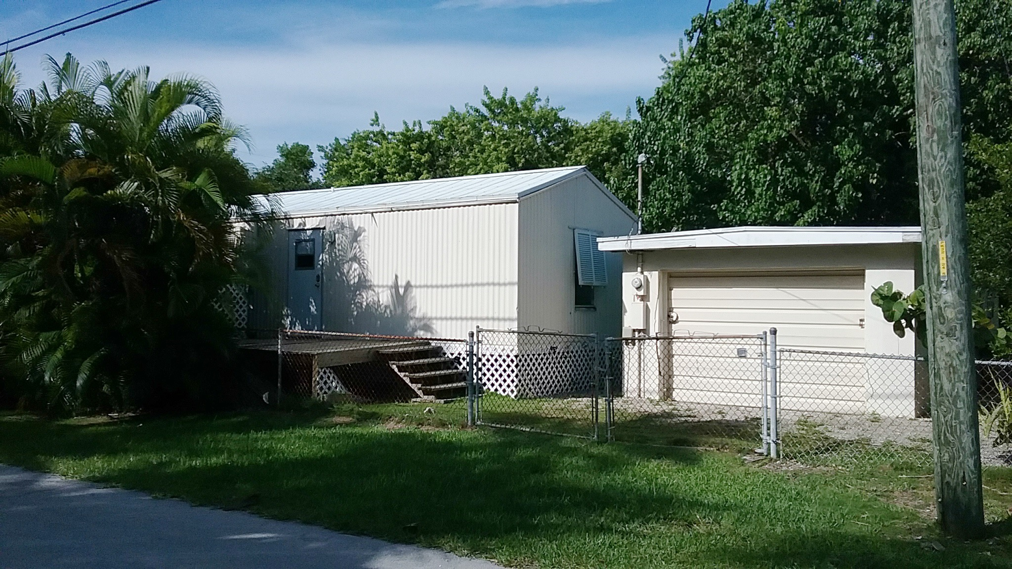 Photo of 31481 Ave C  Big Pine Key  FL