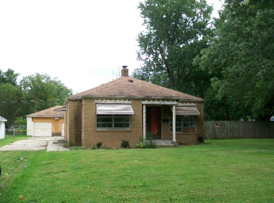 1920 Euclid Dr, Anderson, IN 46011