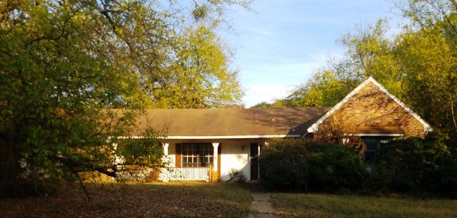 Photo of 1212 Queensgate Dr  Tupelo  MS