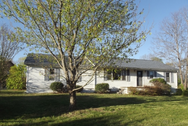 8907 Pleasant Hill Rd, Knoxville in  County, TN 37924 Home for Sale