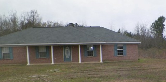 59 Whitehead Rd, Lawrence, MS 39336