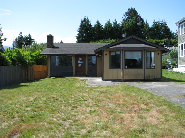 Photo of 836 W 6th St  Port Angeles  WA