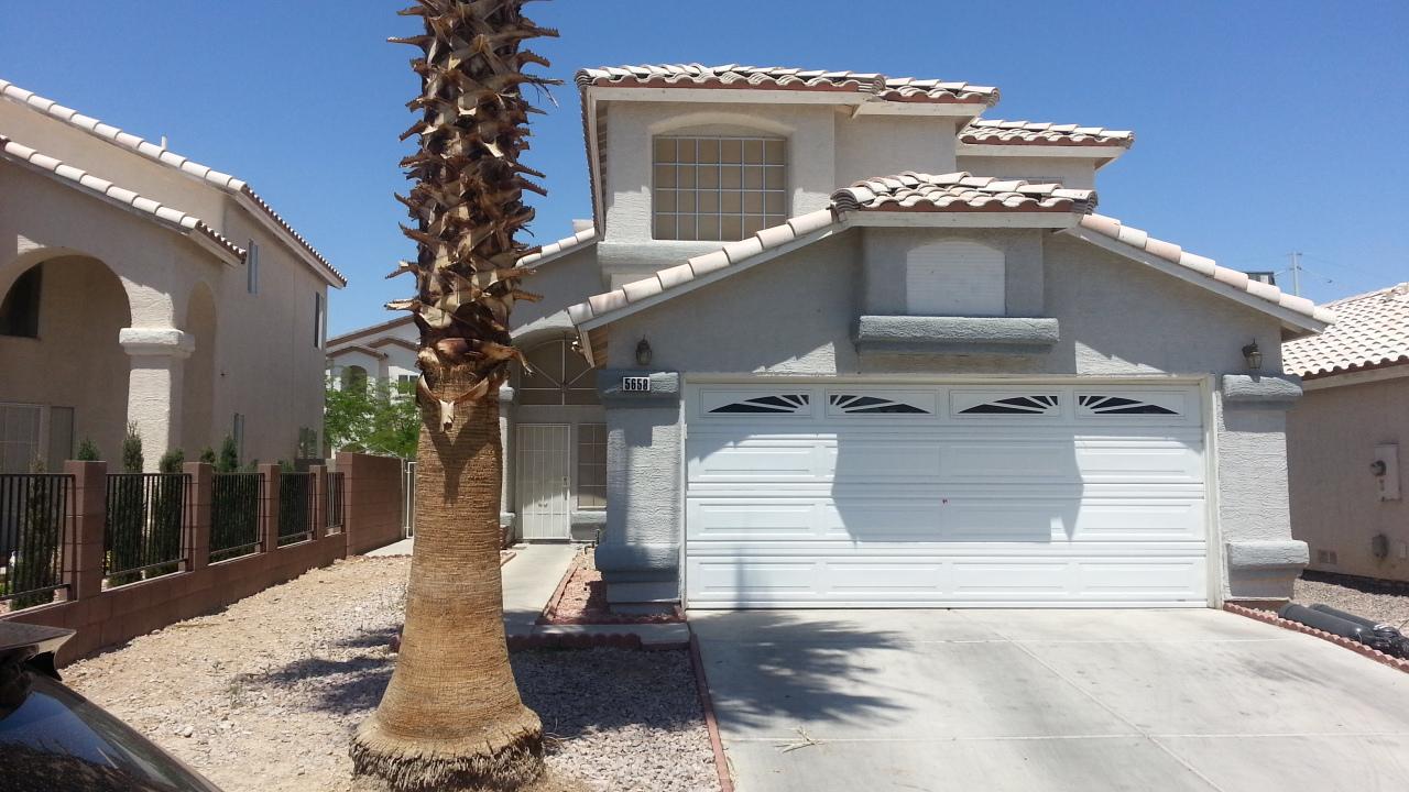 5658 Roundrock Dr, Las Vegas, NV 89142