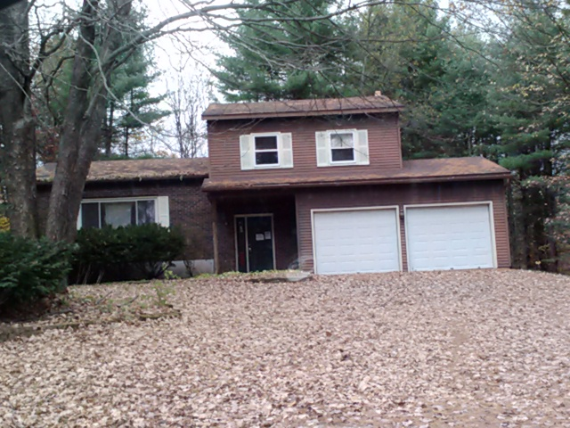 54 Fairway Blvd, Wilton, NY 12831