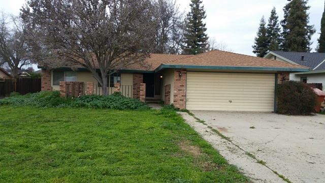 Bank Owned property for sale at 15036 Ave 313, Visalia California 93292