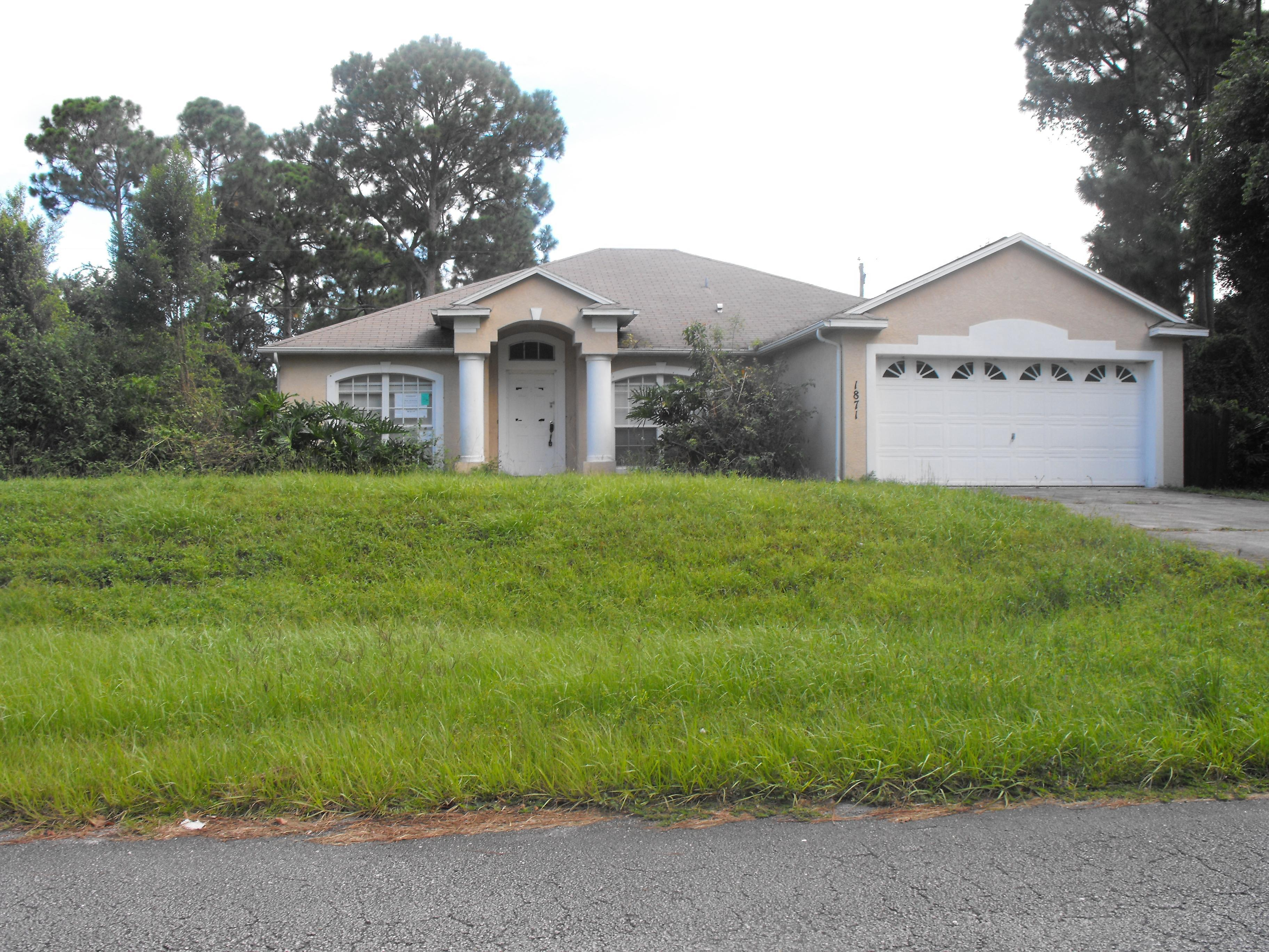 1871 SW Michelangelo Ave, Port Saint Lucie, FL 34953