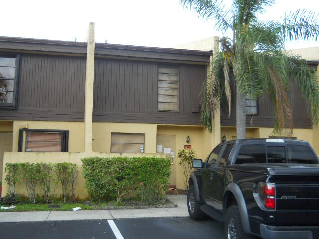 9948 Nw 10th St # 6, Pembroke Pines, FL 33024
