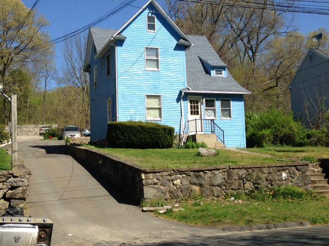 Photo of 1614 Highland Ave  Waterbury  CT