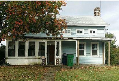 27 S Mesier Ave, Wappingers Falls, NY 12590