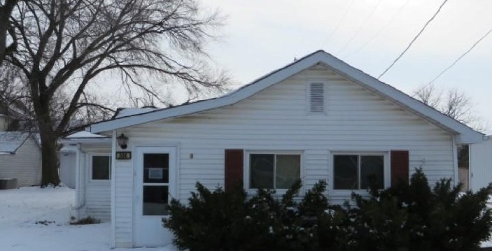 304 W Church St, Minooka, IL 60447